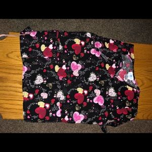 Tops - Scrub top with hearts